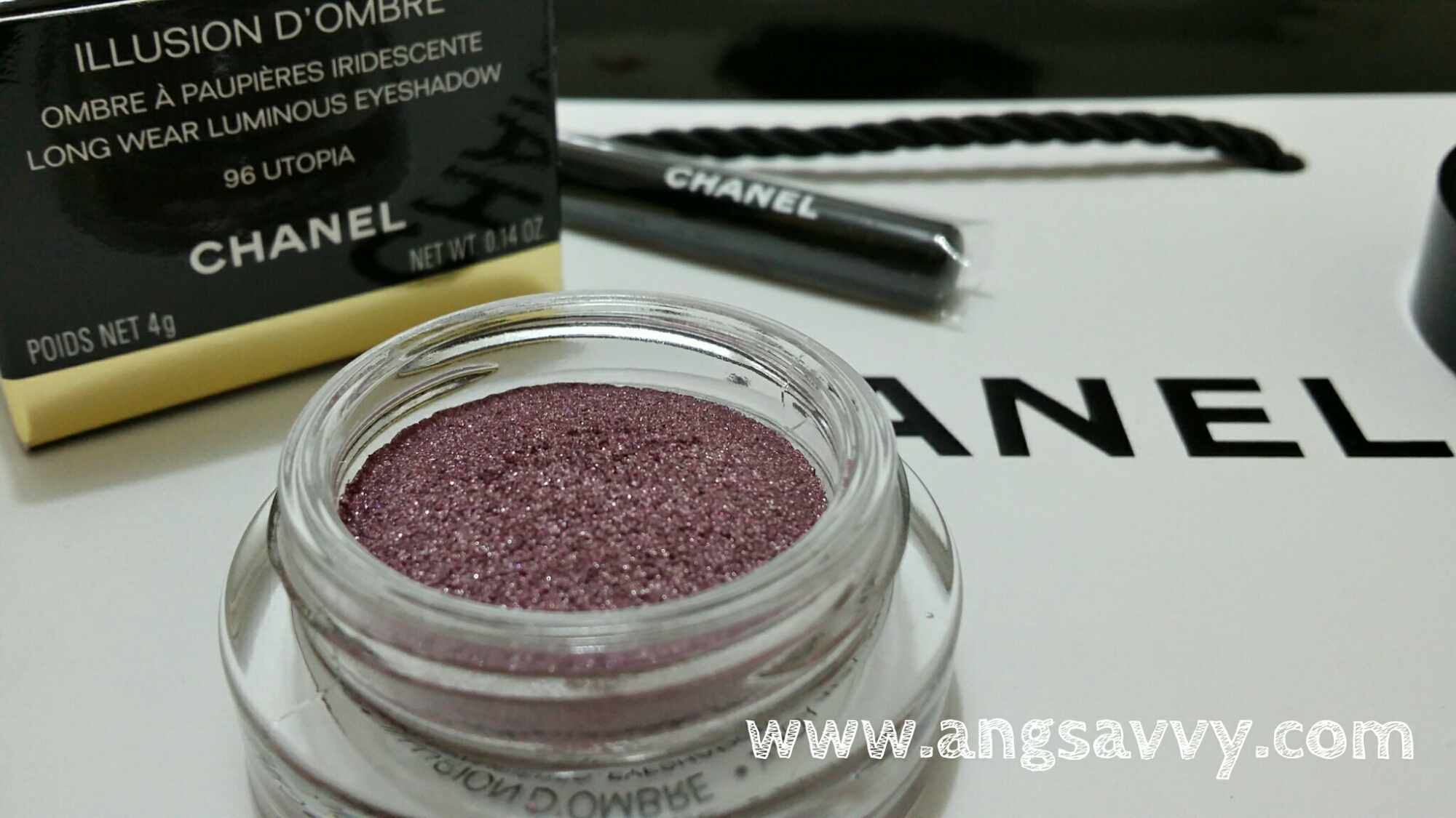 chanel, illusion, d'ombre, long wear, luminous, eyeshadow, 96, utopia