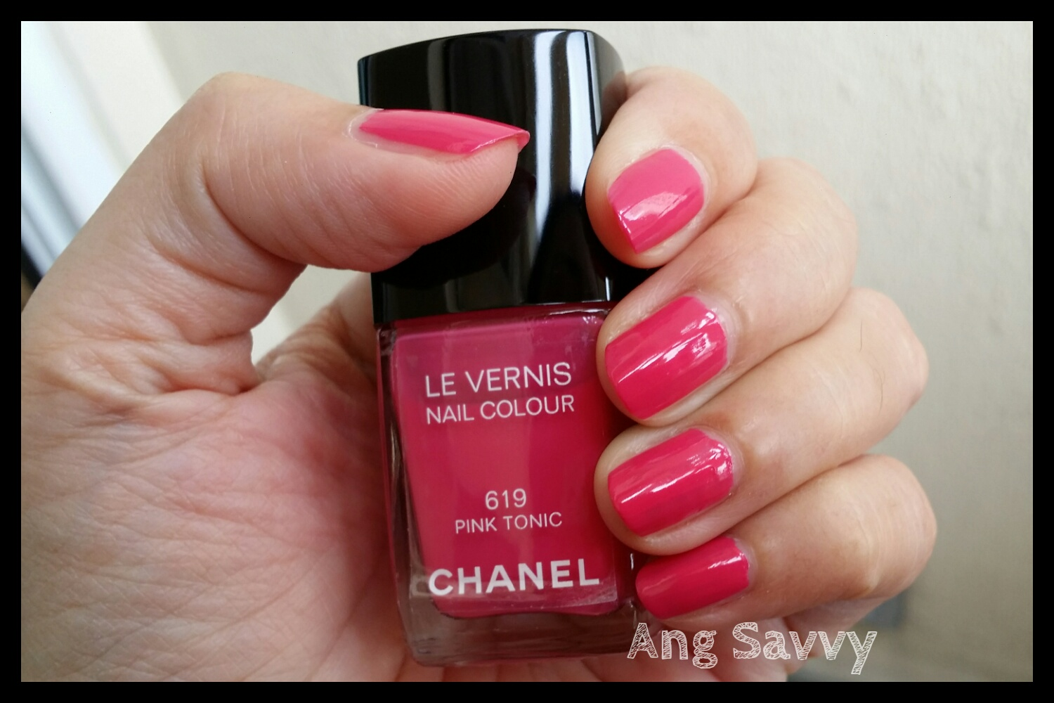 Chanel Le Vernis Nail Colour 619 Pink Tonic