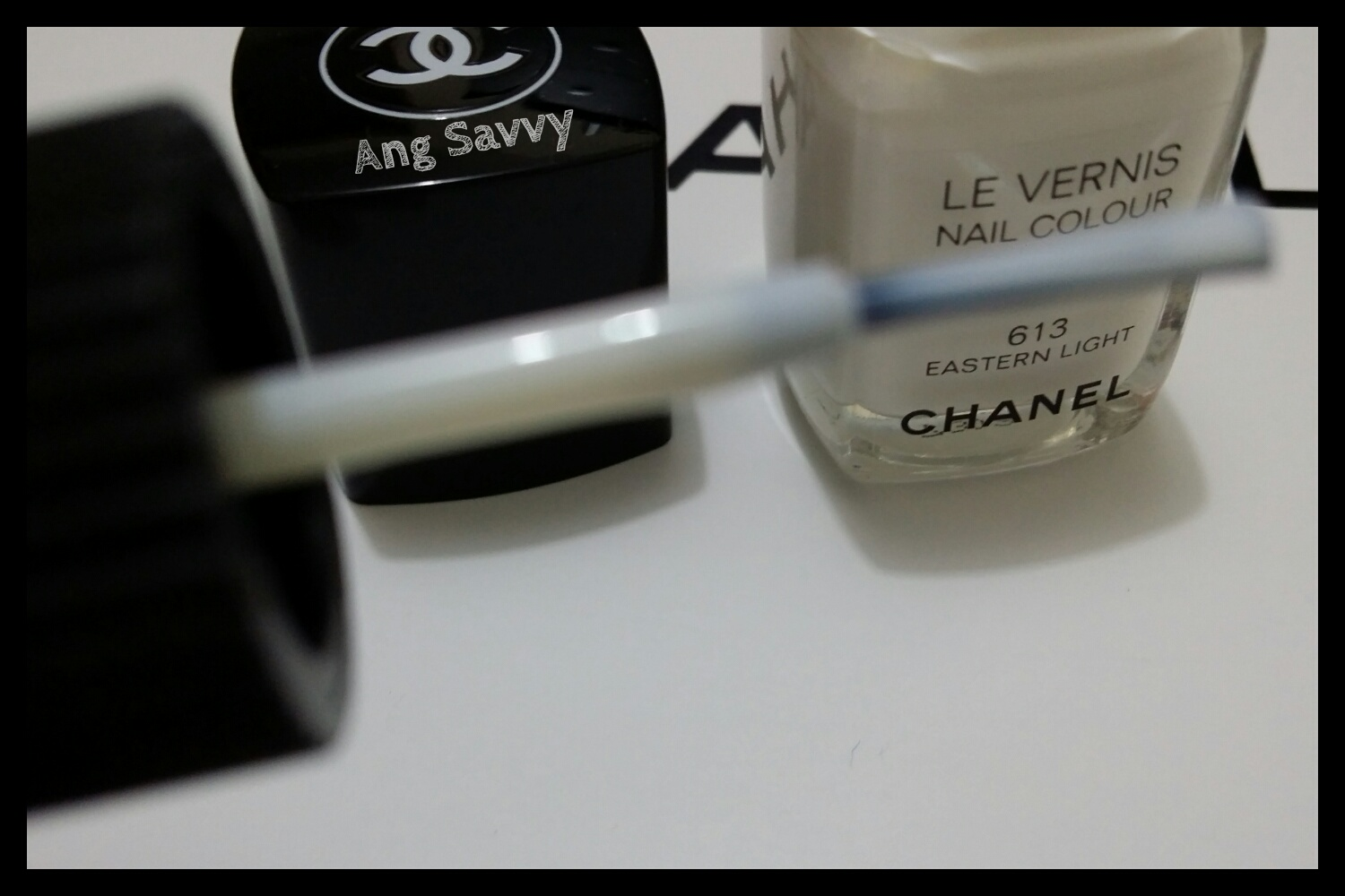 Chanel Le Vernis Nail Colour 613 Eastern Light