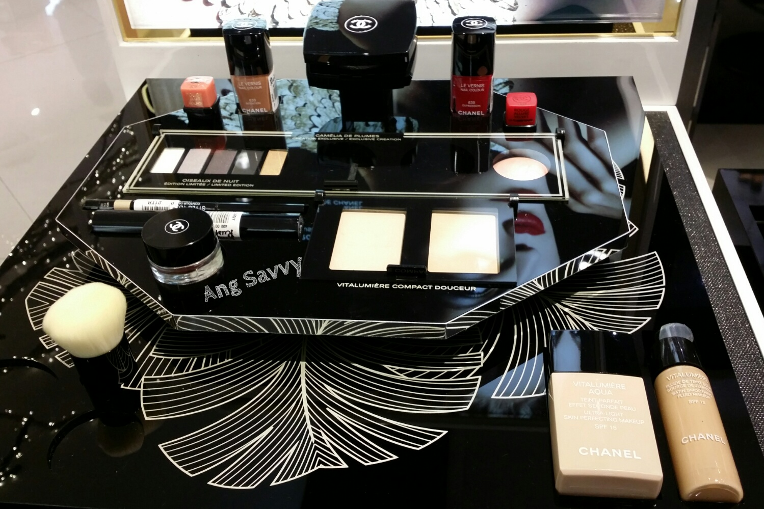 Chanel Holiday 2014 Collection Plumes Precieuses