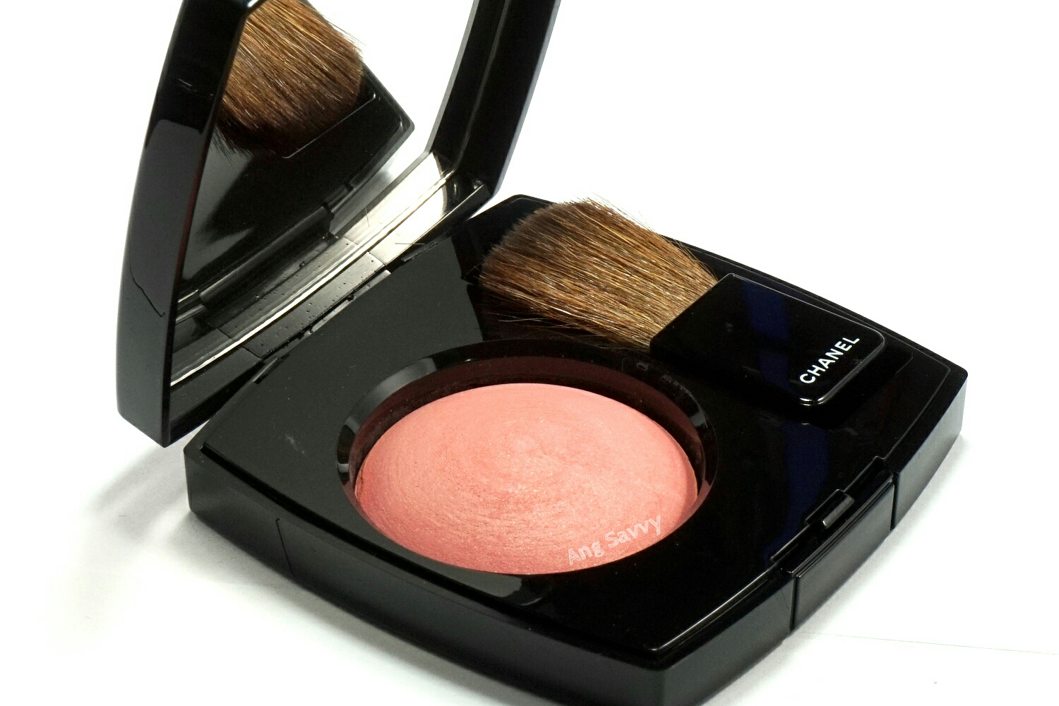 Chanel Joues Contraste Blush 72 Rose Initiale Swatch
