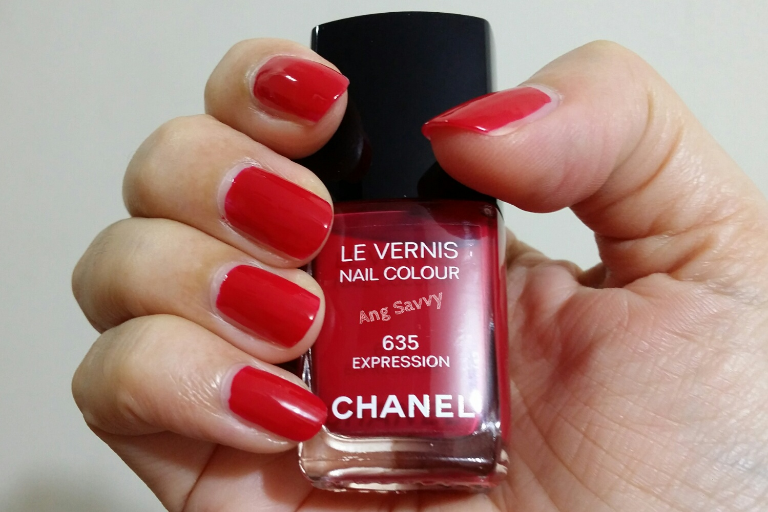 Chanel Le Vernis Nail Colour 635 Expression