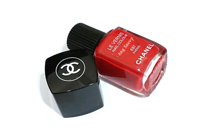 Chanel Le Vernis Nail Colour 687 Phenix