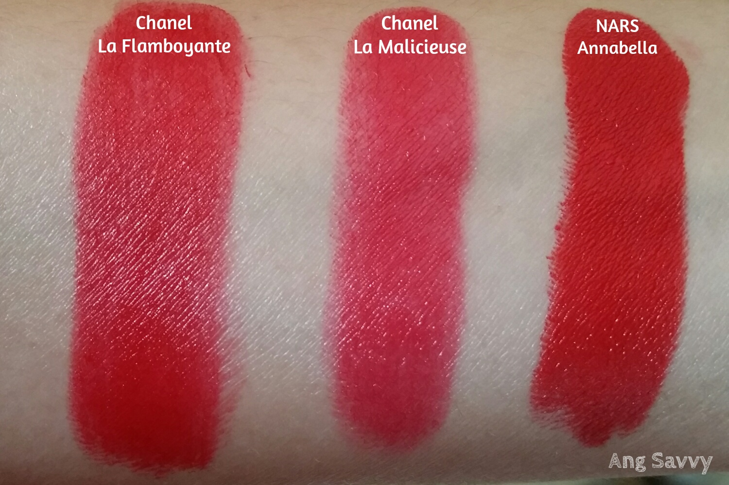 Chanel Rouge Allure Velvet 337 La Flamboyante Swatch
