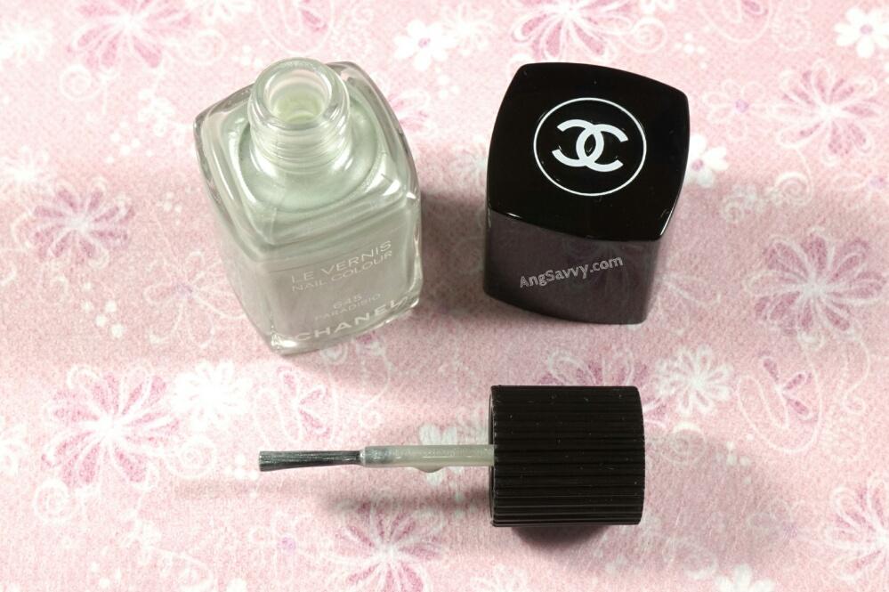 Chanel Paradisio Nail Polish