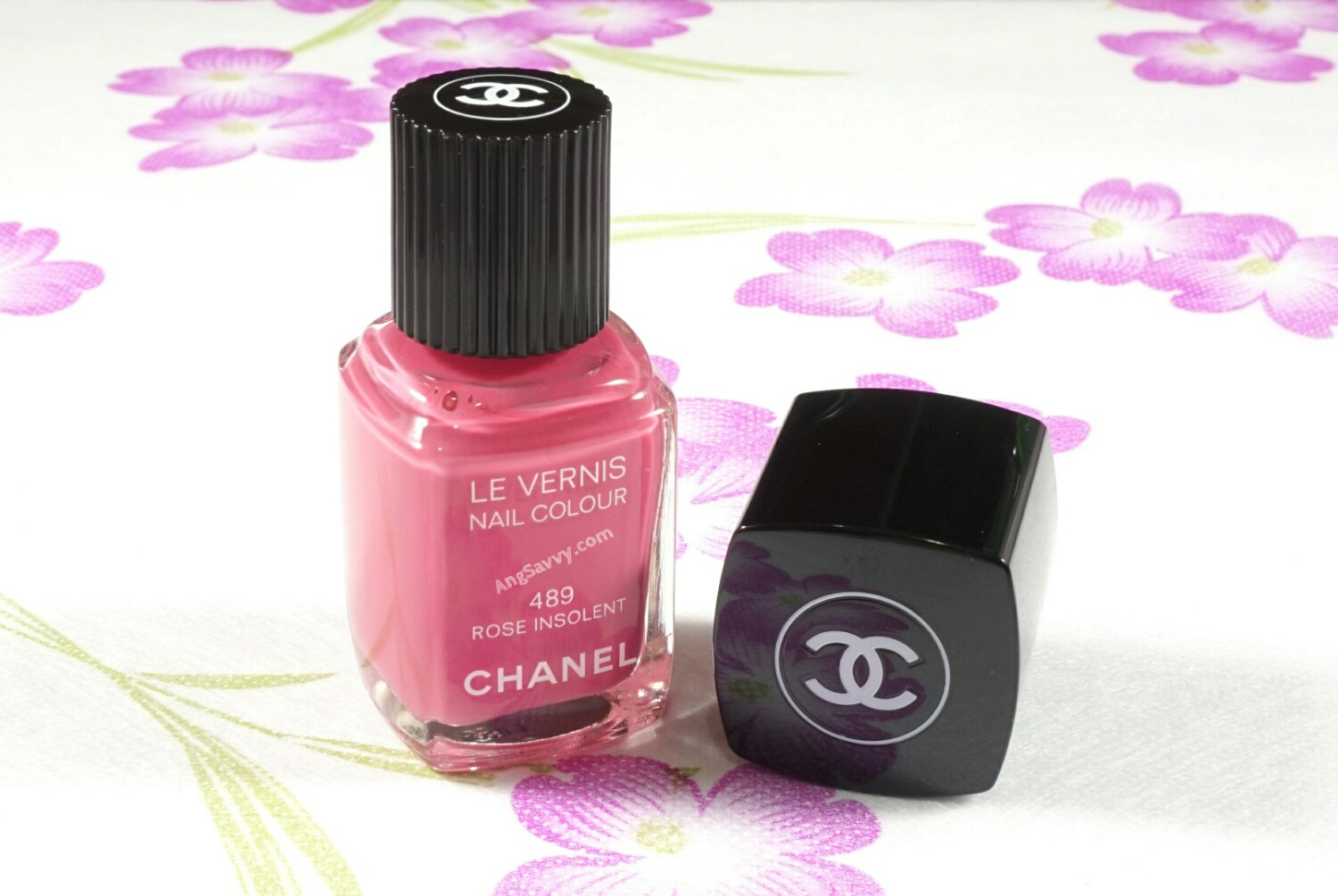 Chanel Rose Insolent Nail Polish