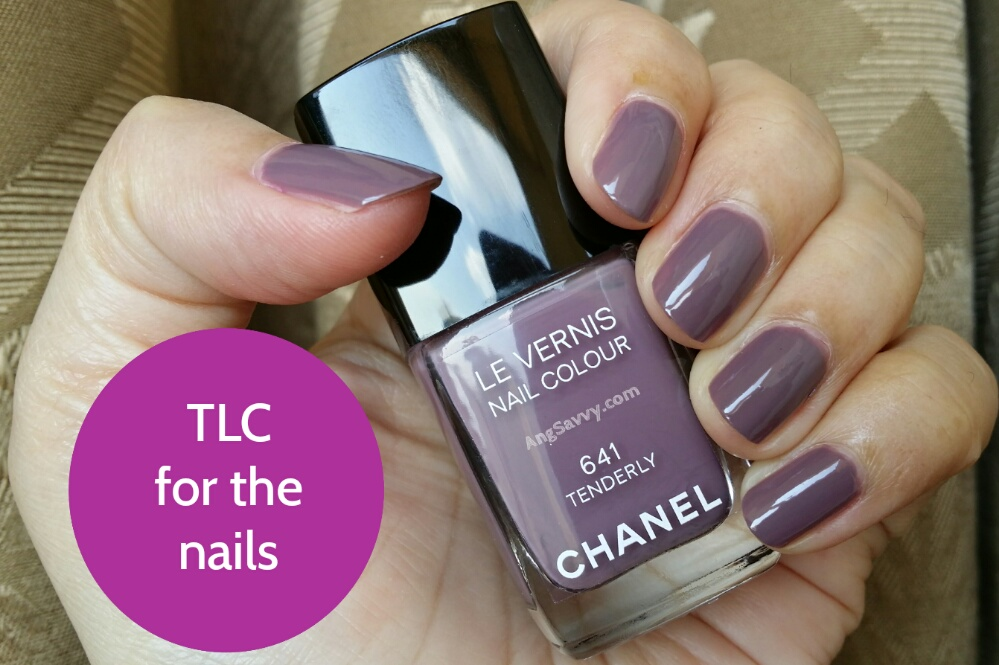 Chanel Tenderly 641 Le Vernis Nail Polish (Should You Buy This?)